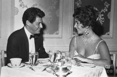 eddie-fisher-and-liz-taylor-at-dinner-bettmann