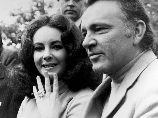 Elizabeth Taylor Showing That ? 127,000 Ring